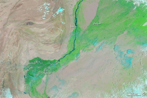 The Satellite Pics of Pakistan's Devastating Floods