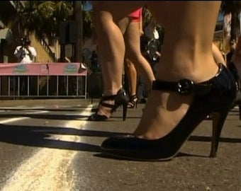 Brave Women Set World Record For Running In Heels