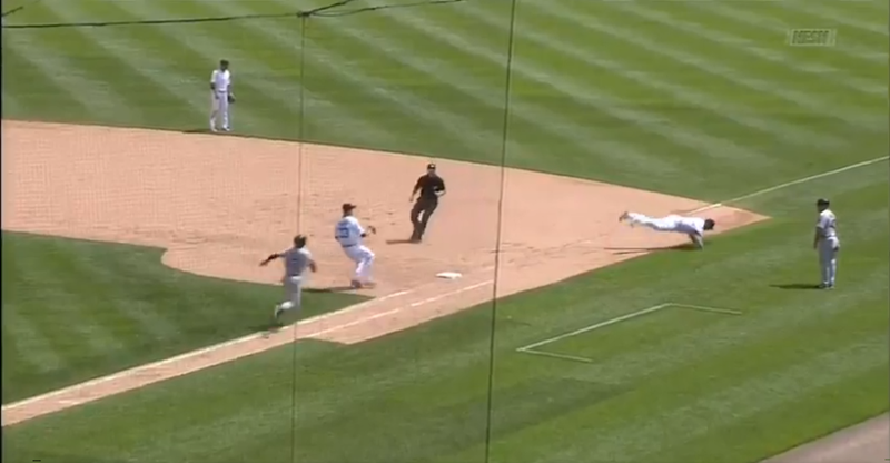 Victor Martinez Makes No-Look, Backwards Flip To Record Out At First