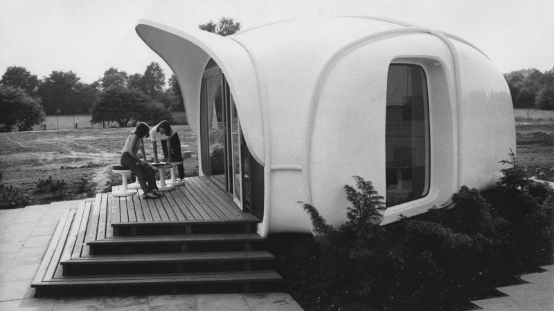 Plastic Homes from the Days When Plastic Was the Future