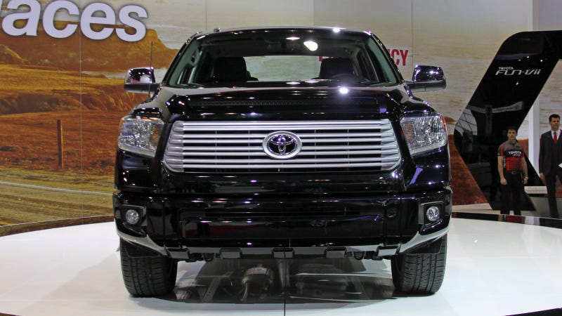 2014 Toyota Tundra: Metrucksexuals Rejoice!
