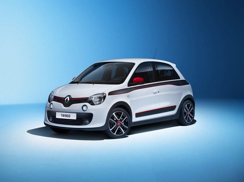 New Renault Twingo, engine in the rear, RWD