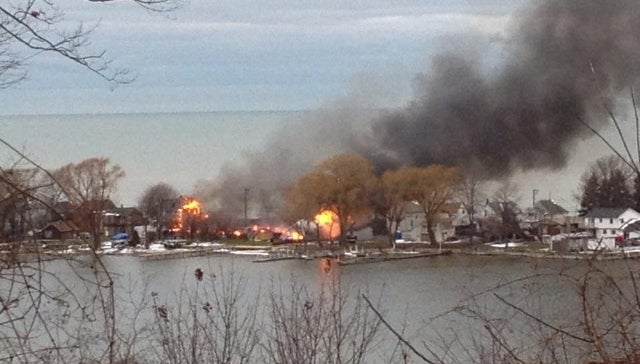 Gunman Shoots Firefighters Responding to Large Residential Blaze in Western New York [UPDATE x2: Fatalities Reported, Gunman Dead, Fire Was a 'Trap']