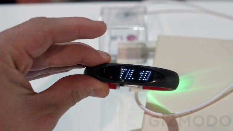 LG Smart Activity Tracker: This FuelBand Clone Is a Mashup of Every Wearable Gadget