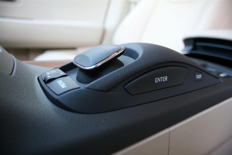 2010 Lexus RX 350, RX 450h: First Drive