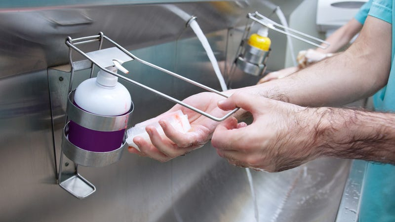 Hospitals Hire Hand-Washing Coaches Because Staffers Are Fucking Gross