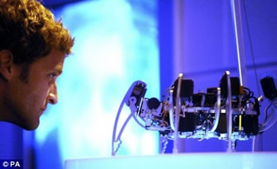 A Robot Spider That Reads Your Mind