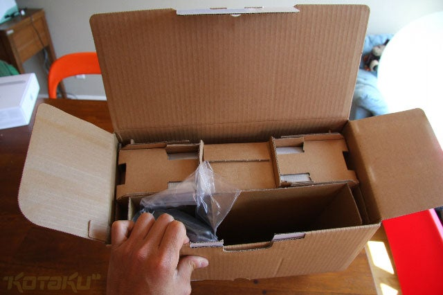 PlayStation 3 Slim: The Unboxing, The Up-Close Examination
