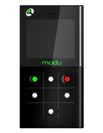 Modu Cellphone Changes Function with Jackets