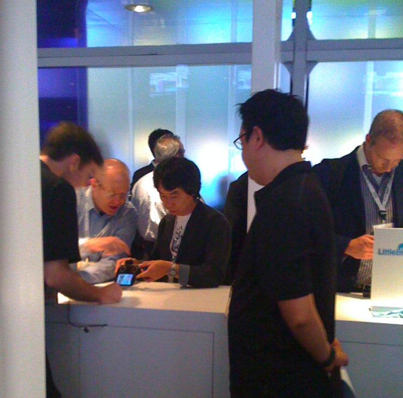 Shigeru Miyamoto Checks Out The Competition (PSP Go)