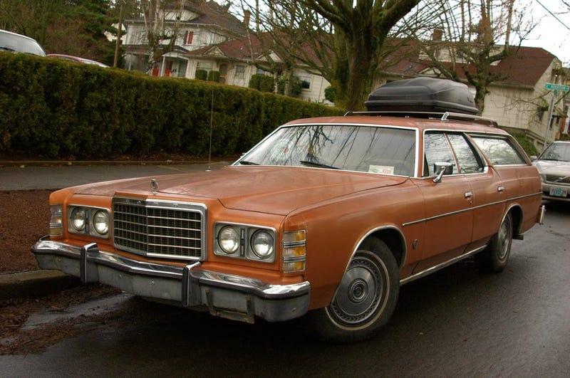 4,845 lbs, 115 HP - 1979 Ford LTD Wagon