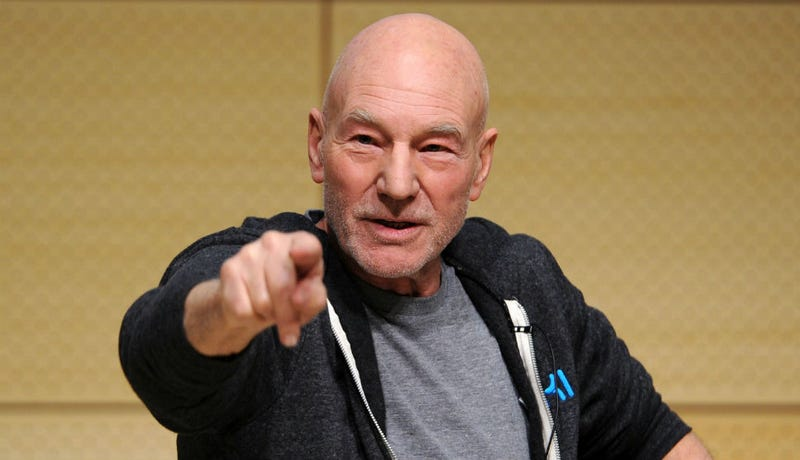 Patrick Stewart Really Knows How to Correct a Mistake