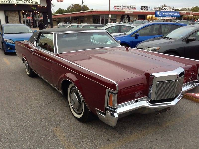 This Lincoln Continental Mark III Is A Massive American Pimpmobile