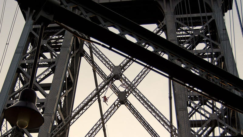 Aerialist Arrested After Performing on Williamsburg Bridge Tower