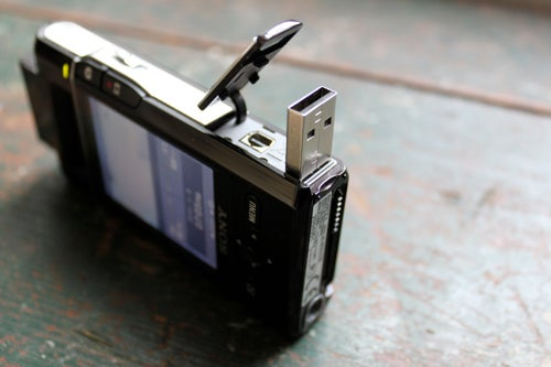 Sony Bloggie PM5K Camcorder Review: A Swiss Army Knife That's Gone Dull