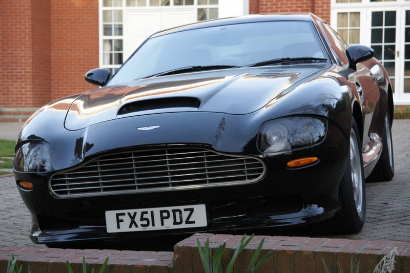 Google Street View Hits London with Ultra-Rare Aston Martin V8 Vantage Special Series II