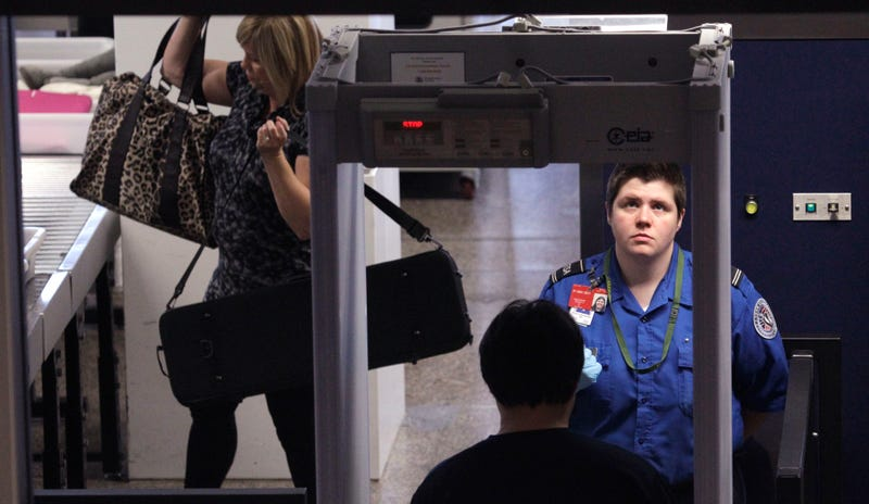 Massive Flight Delay at JFK After TSA Agent Fails to Notice Metal Detector Not Plugged In