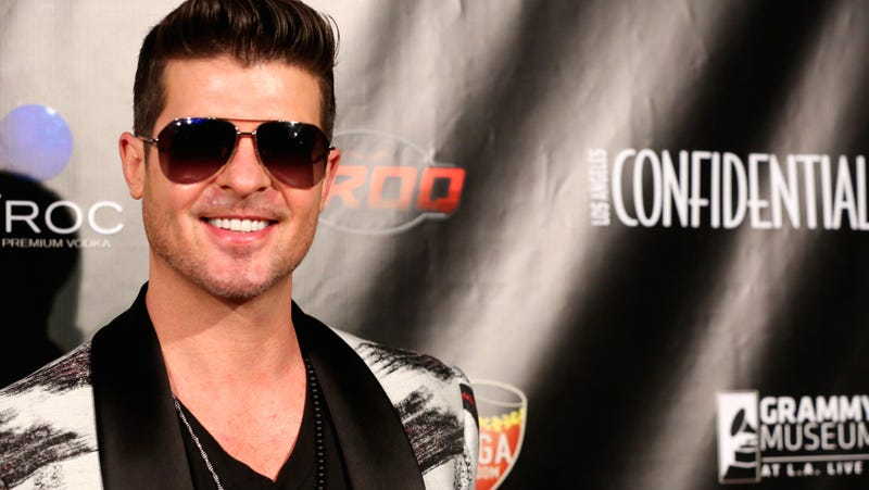 Can Robin Thicke Come Back From Being a Douchebag?