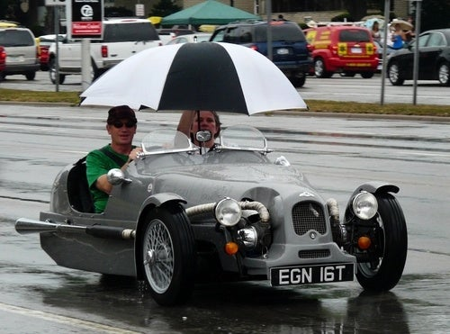 How Convertibles Fight The Rain