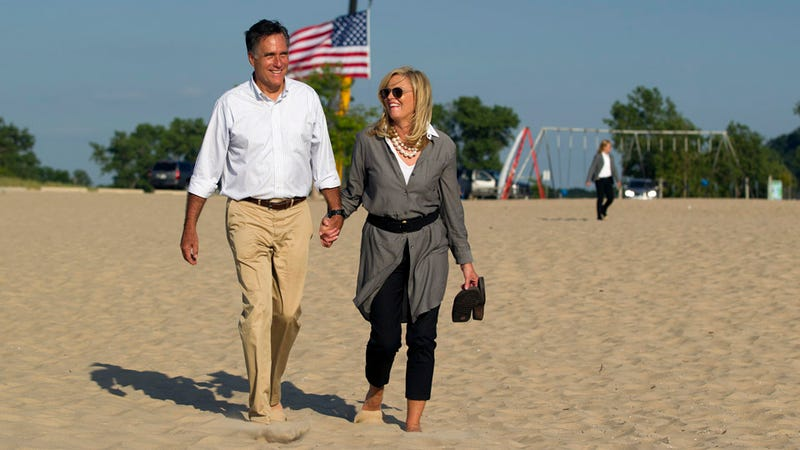 Mitt and Ann Romney Enjoy a Long, Patriotic Walk on the Beach