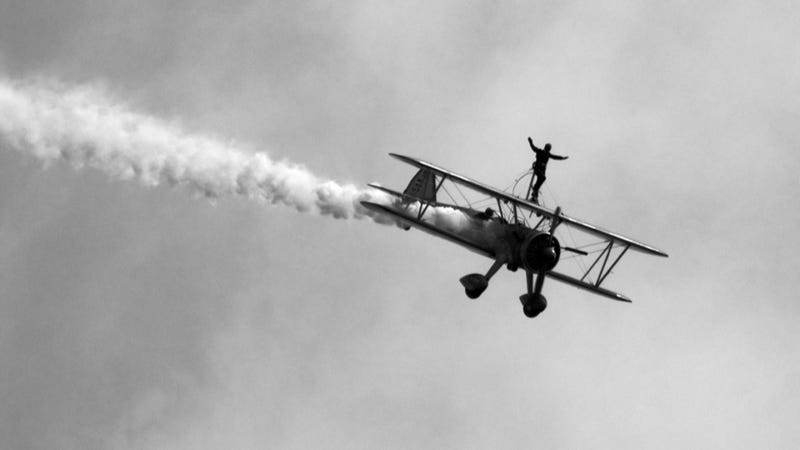 Wing Walker, Pilot Killed In Dayton, Ohio (WARNING: Extremely Graphic)
