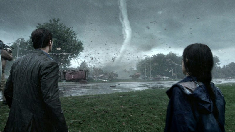Into The Storm Trailer Tries To Steal Twister's Thunder