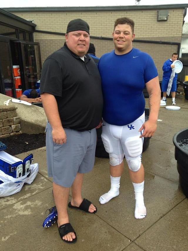 Enormous Jared Lorenzen Poses With Enormous Kentucky Lineman