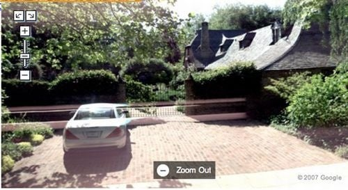 Brits Cyber-Stalk Steve Jobs With Google Street View