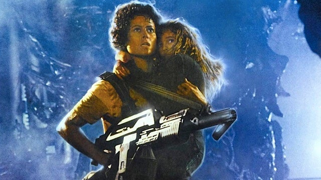 Read James Cameron's 1987 responses to angry fans who hated Aliens