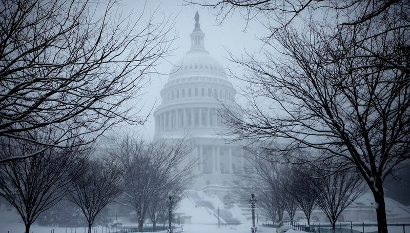 'Sloppy Winter Storm' Hits D.C. After Blanketing Midwest