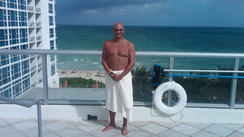 Dear Terry Francona, Please Stop Emailing Photos Of Yourself Half-Naked In A Towel To My Girlfriend