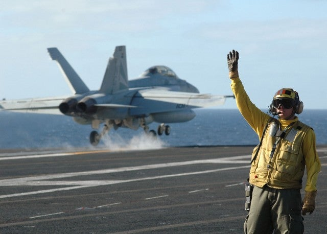 Navy Launches Pilot With an Electromagnetic Shove
