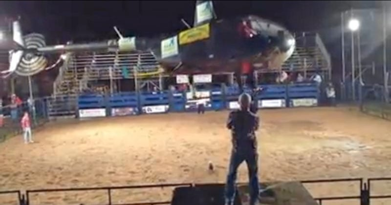 This Helicopter Rodeo Stunt Act Is Frightening