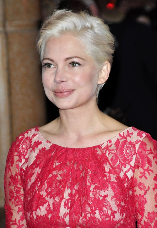 Michelle Williams Sports Chopped Locks, Lace & Leopard