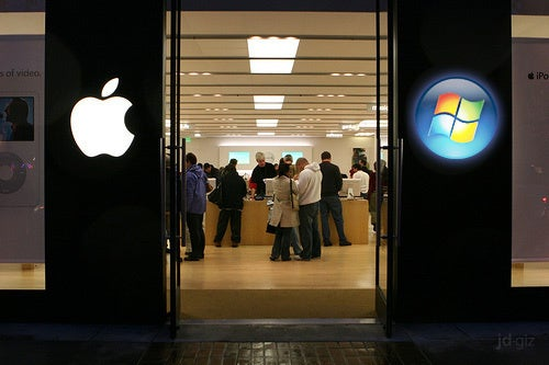 Microsoft Plotting Stores With Former Apple Retail Genius