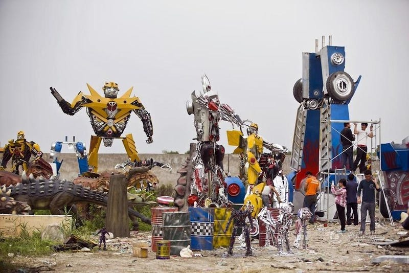 These Trash Transformers Are So Bad, They're Good!