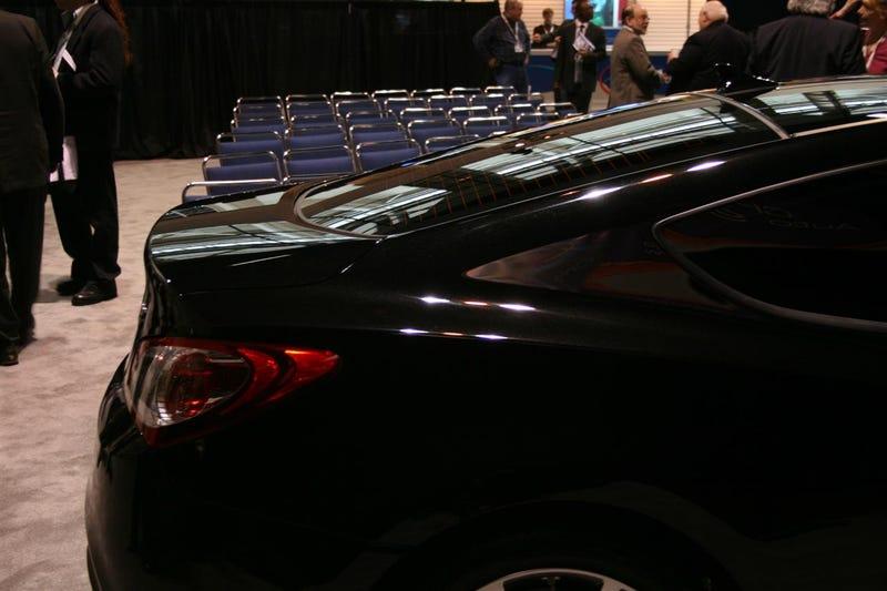 Hyundai Genesis Coupe R-Spec: Live!
