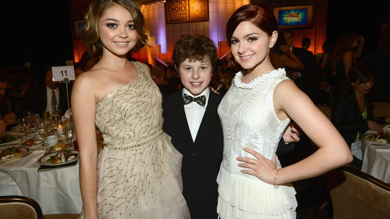 Ariel Winter's Lawyer Says Modern Family Crew Had to Sneak Food to Her; Mom Warns Ariel Can Make Herself Cry