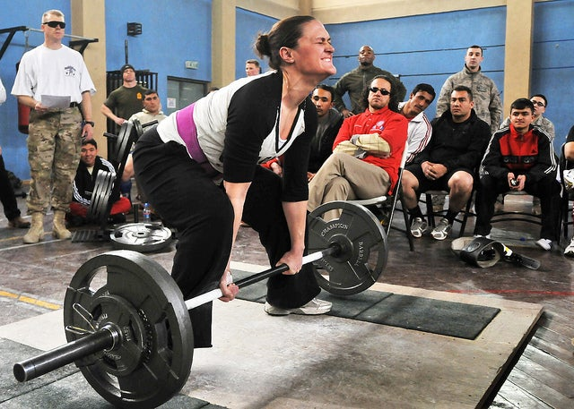 Science: Women Are Bad at Lifting Stuff