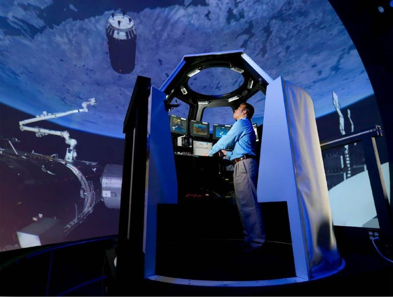 This NASA Simulator Fakes Space in the Middle of Texas
