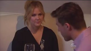 Watch Amy Schumer Own a Particularly Unfunny <i>Bachelorette</i> Contestant