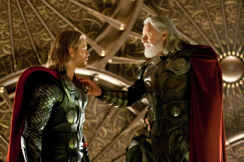 Thor gets down and dirty in new picture