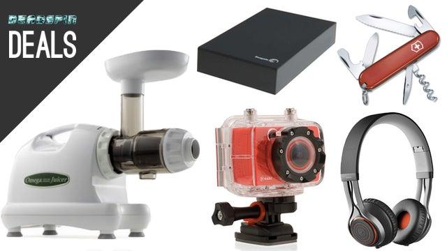 Deals: The Best Juicer, Budget Action Cam, Bluetooth Headphones