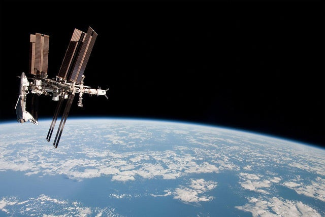 We Just Extended the International Space Station's Mission Until 2024