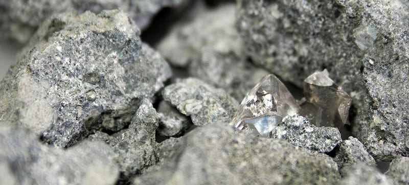 Researchers Develop a Way to X-Ray Rocks To Find Hidden Diamonds