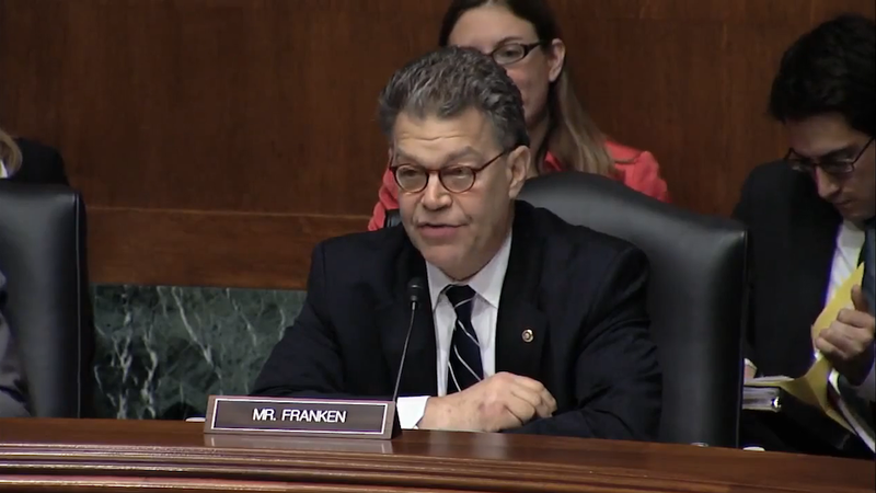 Al Franken Rips Apple before Congress