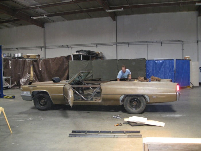 Guys transform old Cadillac into world's fastest hot tub