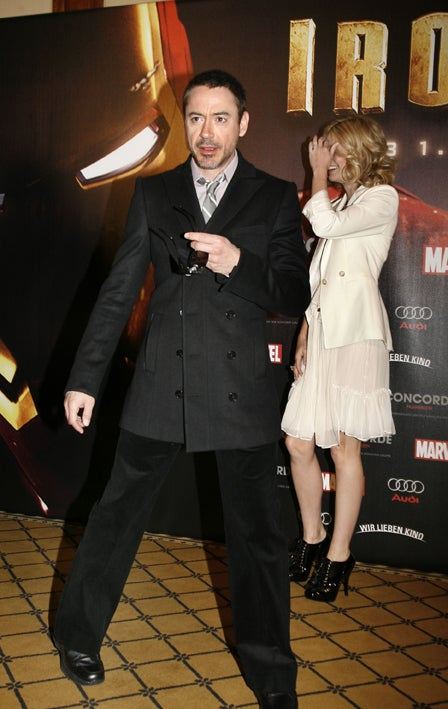 Gwyneth Paltrow Embarrassed To Be Seen With Robert Downey, Jr.