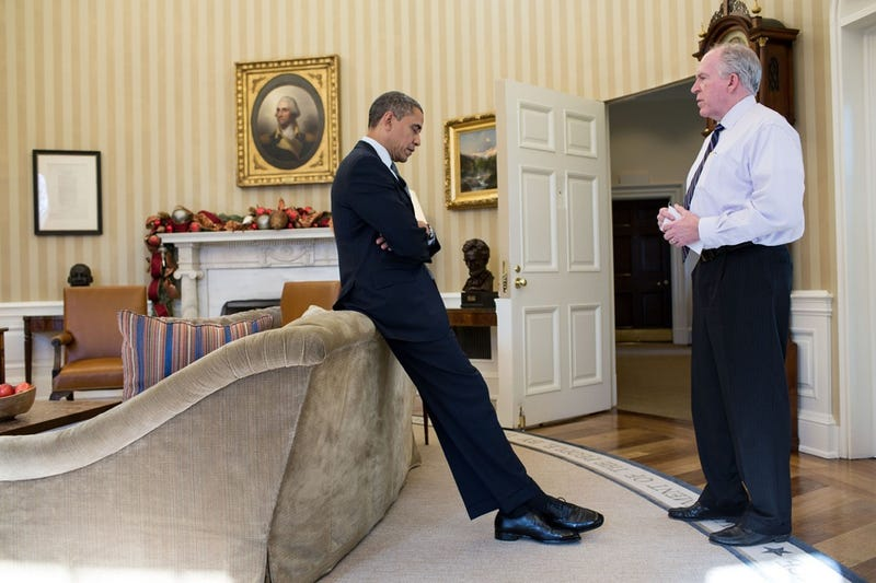 Here Is a Heartbreaking Photo of President Obama First Hearing About the Sandy Hook Shooting