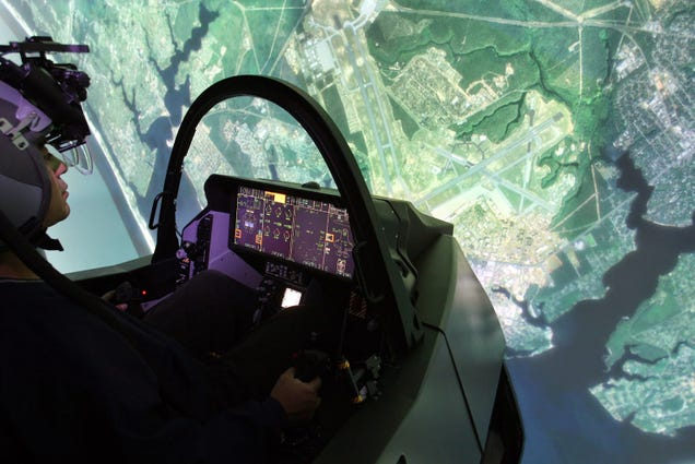 Quadriplegic woman flies F-35 with nothing but her thoughts